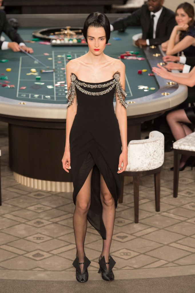 chanel-fall-2015-couture-show-the-impression-061