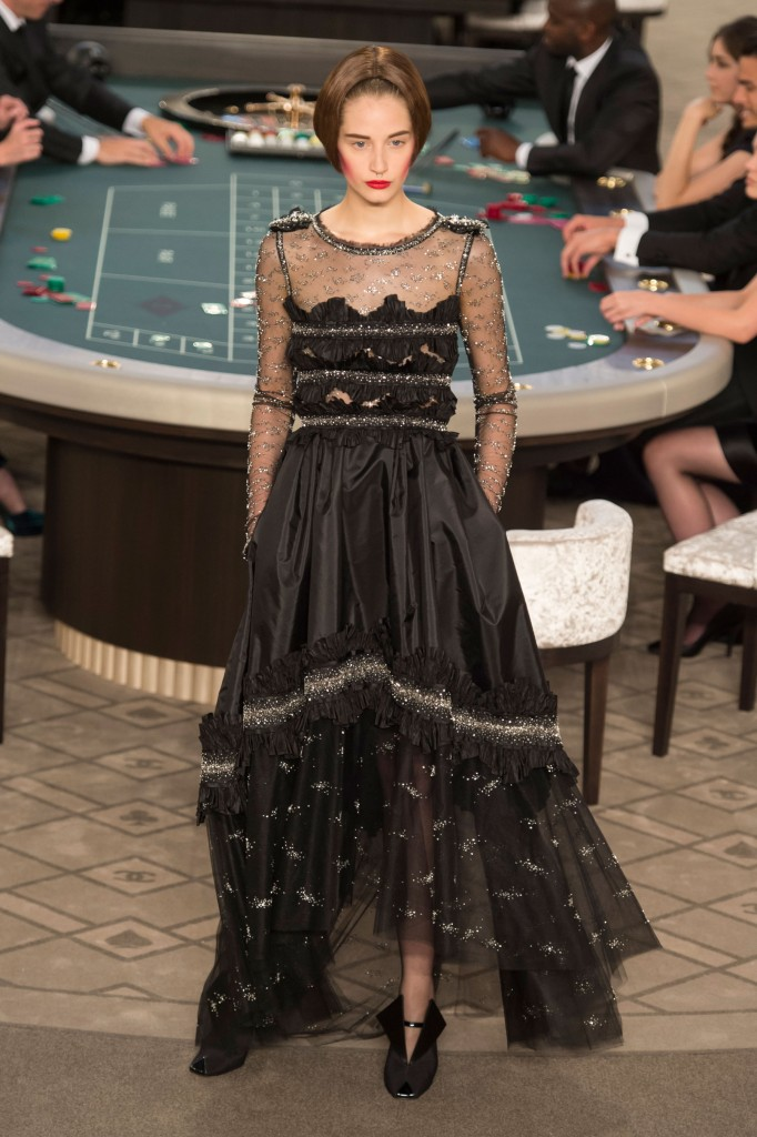 chanel-fall-2015-couture-show-the-impression-063