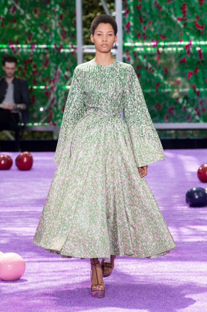 dior-fall-2015-couture-the-impression-007