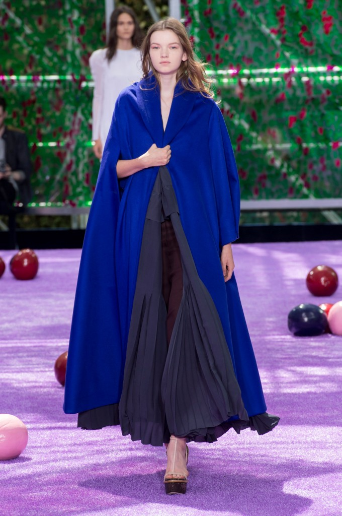 dior-fall-2015-couture-the-impression-010