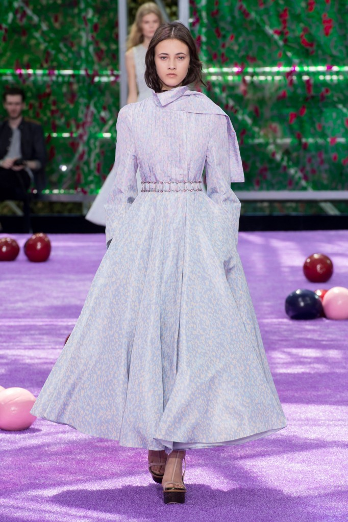 dior-fall-2015-couture-the-impression-013