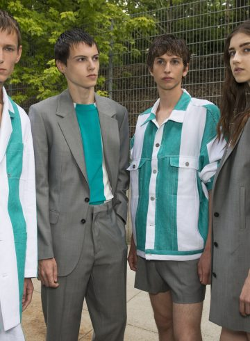 Etudes Spring 2018 Men's Fashion Show Backstage