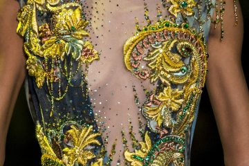 Guo Pei Spring 2017 Couture Fashion Show Details
