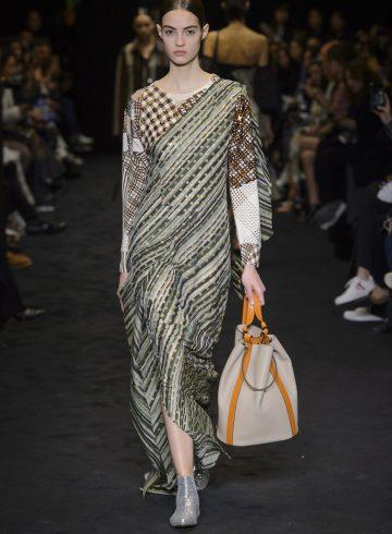 Loewe Fall 2017 Fashion Show