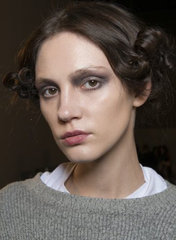 Pascal Millet Fall 2017 Fashion Show Backstage Beauty