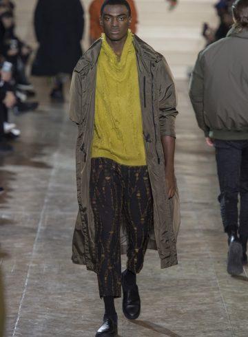 Issey Miyake Fall 2017 Menswear Fashion Show
