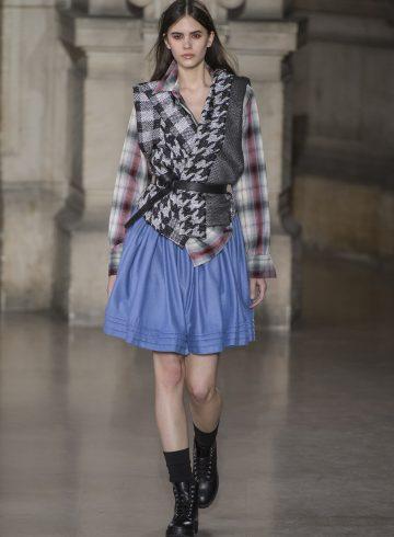 Moon Young Hee Fall 2017 Fashion Show