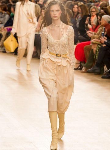 Nina Ricci Fall 2017 Fashion Show