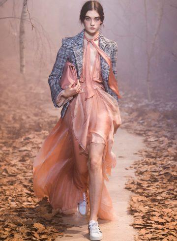Off-White Fall 2017 Fashion Show