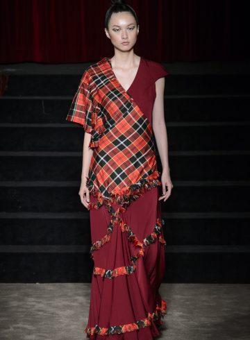 Antonio Ortega Fall 2017 Couture Fashion Show
