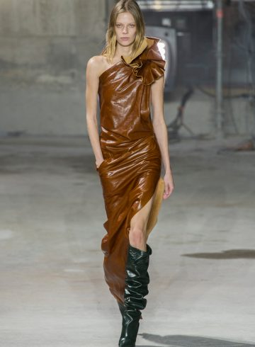 Saint Laurent Fall 2017 Fashion Show