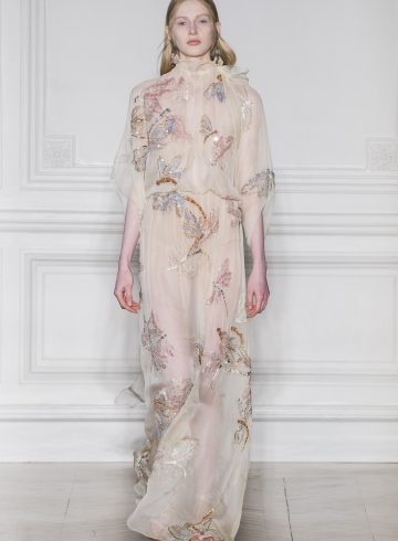 Valentino Spring 2017 Couture Fashion Show