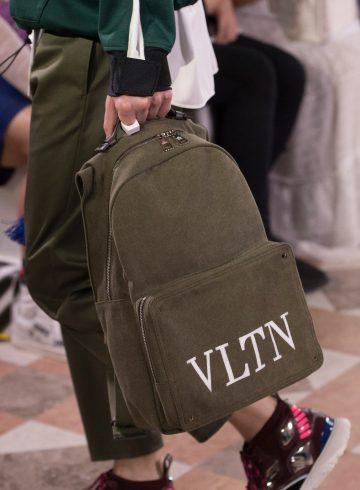 Valentino Spring 2018 Men's Fashion Show Details