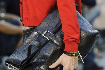 Versace Spring 2018 Men's Fashion Show Details