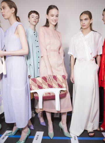 Victoria Beckham Spring 2018 Fashion Show Backstage