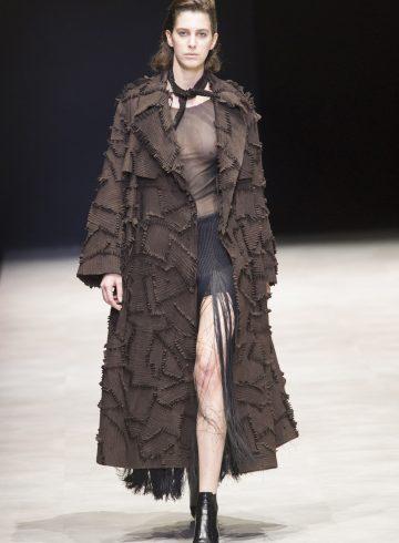 Xu Zhi Fall 2017 Fashion Show